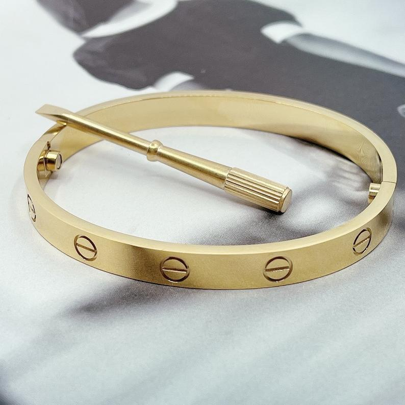 21 Cartier dupes that look oh-so-real & expensive
