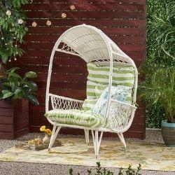 white egg chair