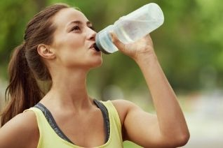 how to look good by drinking water
